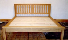 Newstead Bed