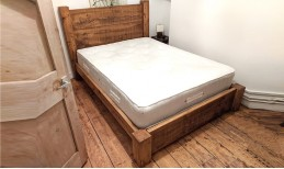 Plank Gate Beam Bed (UK Double)