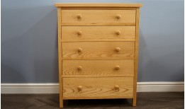 Ash Cherrington Chest
