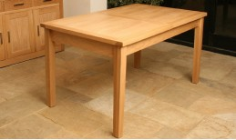 Oak Elements Dining Table