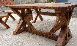 Reclaimed Criss Cross Dining Table& Bench Set (5ft long)