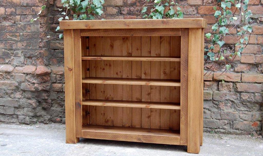 Plank Gate Closed Bookcase