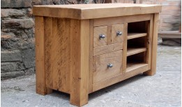 Plank Gate TV Unit